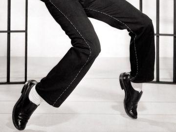 Zapatos cómodos para estar de pie por mucho tiempo | Crédito Pexels