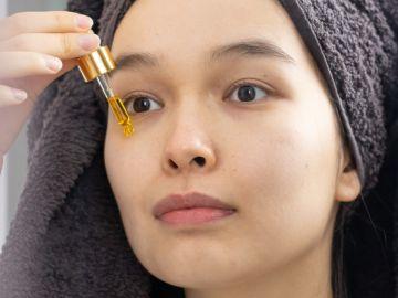 El acido hialurónico puede ser usadod e día y de noche | Crédito Pexels