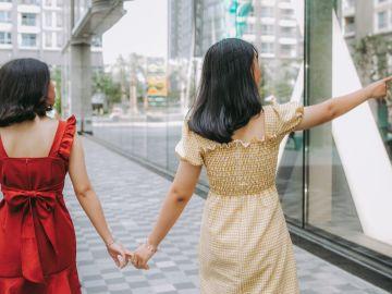Vestidos largos son la mejor elección para días cálidos | Crédito Pexels
