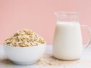 beneficios de la leche de avena para la piel