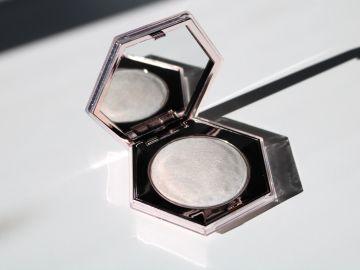 maquillaje donde aplicar iluminador