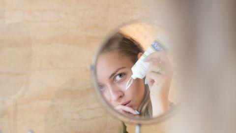aplicar protector solar antes o despues del maquillaje