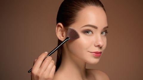 como aplicar base de maquillaje
