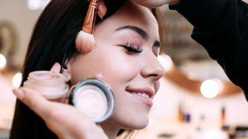 maquillaje con eczema