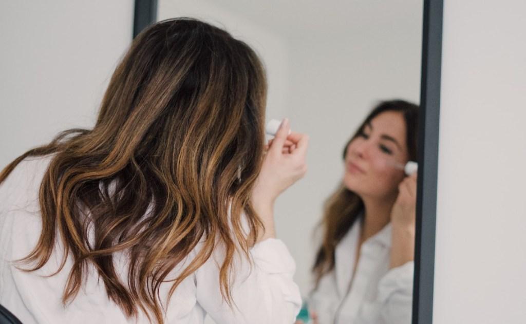 rutina de cuidado de la piel para pieles secas