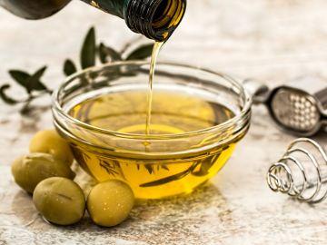 como usar aceite de oliva en el pelo