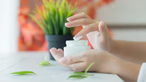 diferencia entre crema hidratante y crema humectante
